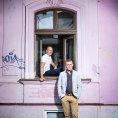 Slovenští bratři prodávají průzračnou kávu, jedna lahvička má sílu dvou espreso shotů
