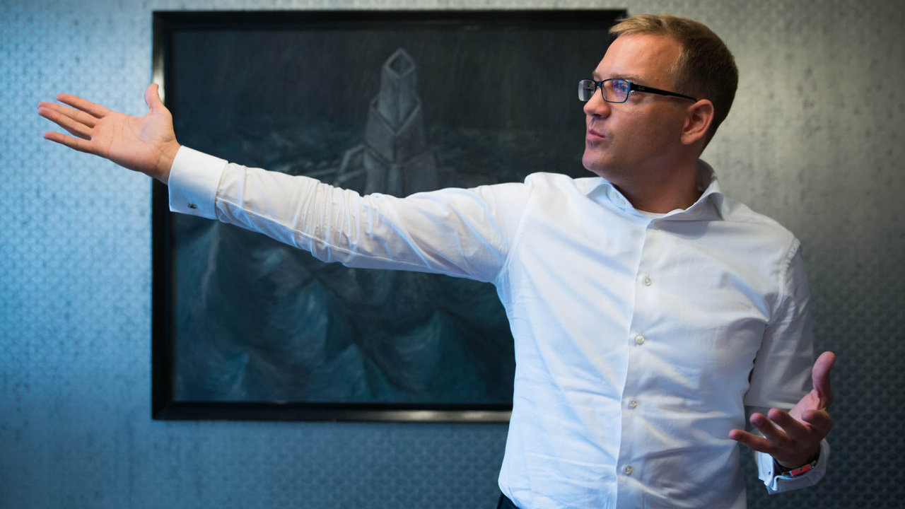 Rozhlas máme, televizi ne: Skupina CMI většinového podílníka Daniela Křetínského rozšiřuje portfolio orozhlasové stanice, televize jí zatím schází.