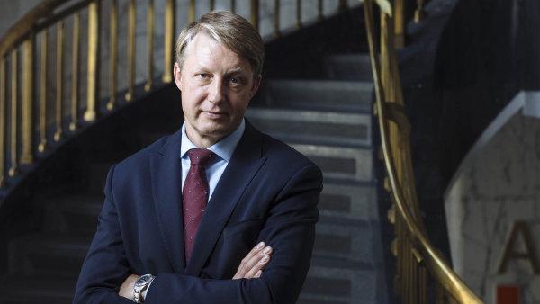 Česká ekonomika je připravena na další zvýšení sazeb, řekl agentuře Reuters člen bankovní rady ČNB Tomáš Nidetzký.