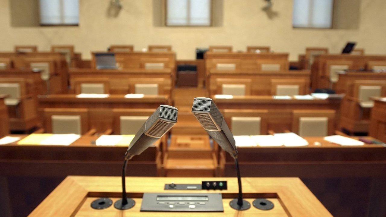 Podle oponentů je jednokolový systém voleb do Senátu příliš složitý.