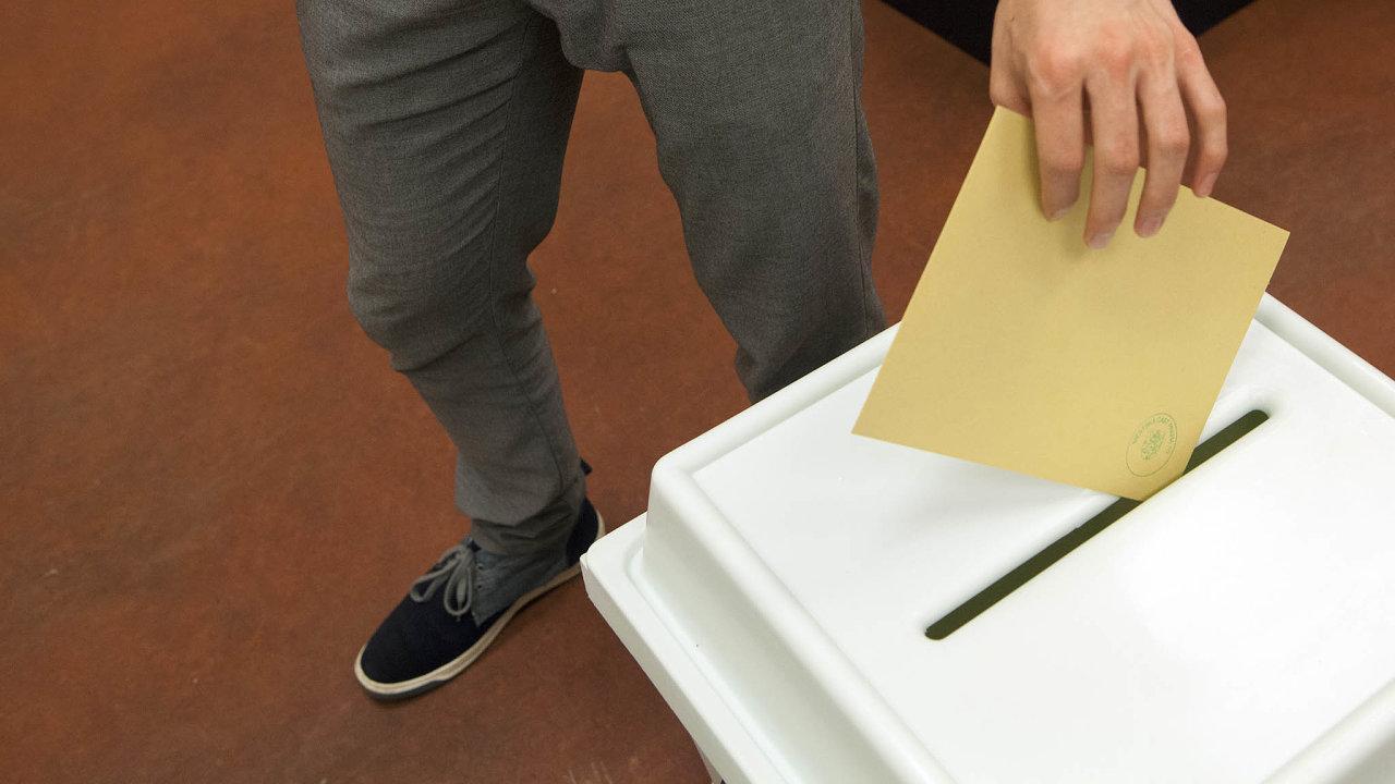 Volební urna - ilustrační foto.