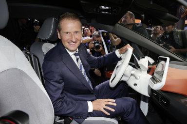 Mocenský poker ve Volkswagenu. Kdo jsou hlavní hráči u stolu?