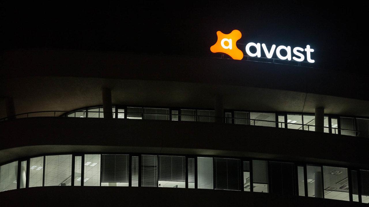 Společnost Avast je odletošního června členem prestižního akciového indexu FTSE 100, který zahrnuje největší firmy obchodované vLondýně.