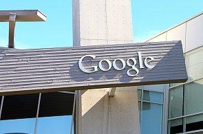 Googlu se zbláznily servery, odhlásil spoustu účtů ze všech zařízení včetně svých routerů