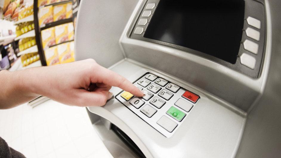 Bankomat. Ilustrační foto