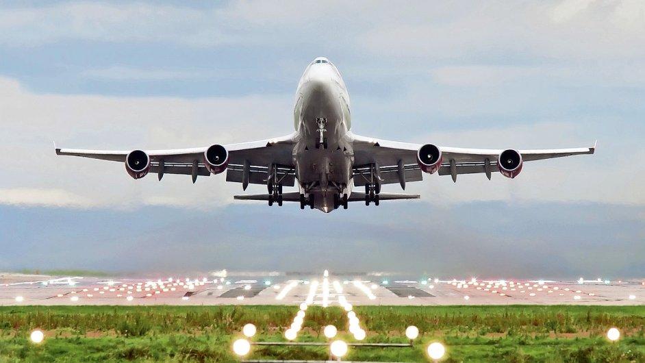 Španělská Iberia zavádí novou službu: visačku na kufr si cestující mohou vytisknout sami