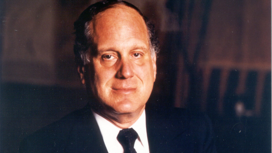 Zakladatel a do pátku i nevýkonný předseda představenstva CME Ronald Lauder.