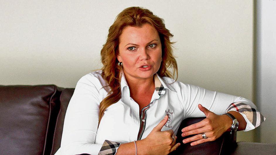 Karolína Topolová, AAA Auto