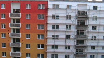 Oprava panelov�ho domu