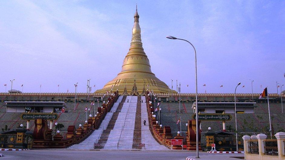 Pagoda ve městě Neipyijto