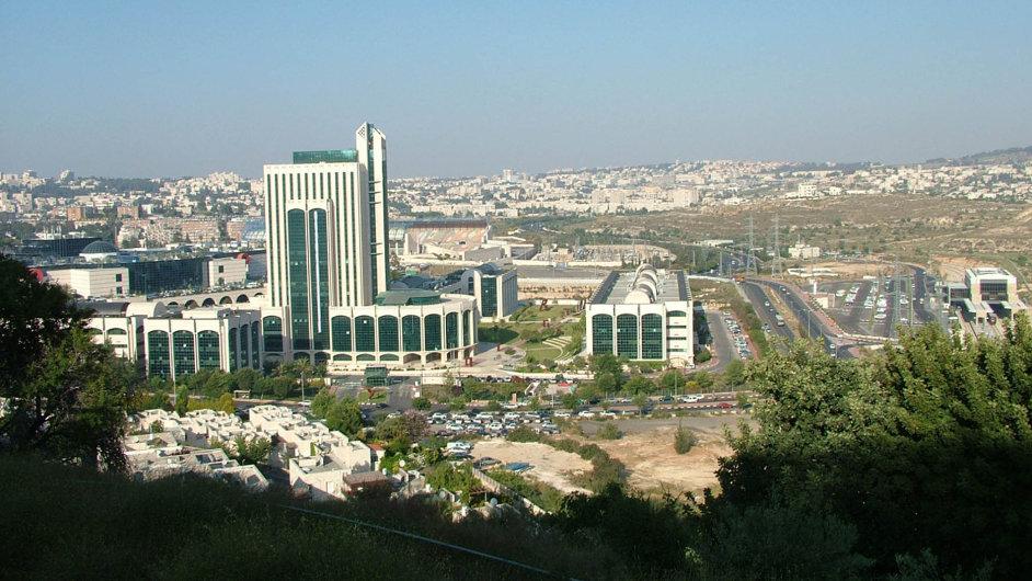 V Izraeli má svá vývojová centra okolo tří stovek nadnárodních firem. Na snímku je Jeruzalémský technologický park, kde sídlí mimo jiné centrum IBM.