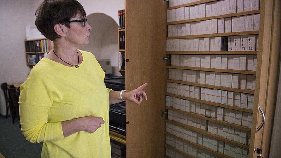 Na snímku digitální knihovna Národního filmového archivu a její vedoucí Pavla Janásková.