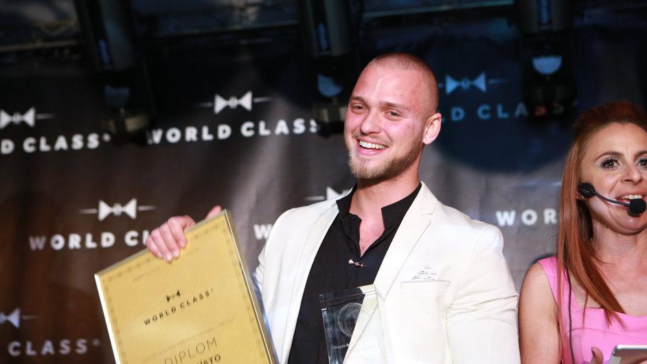Do Miami na celosvětové finále míří Adrián Michalčík z baru L'Fleur.