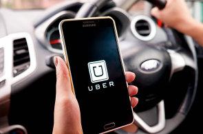 Služby typu Uberu mění přístup lidí k vlastnictví vozů. Díky sdílení ubude aut na silnicích, zjistily studie