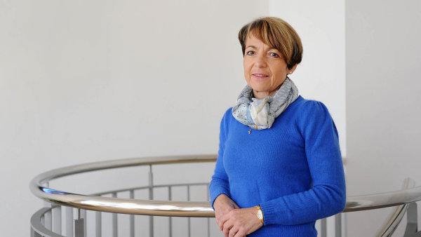 Jitka Hejduková, šéfka právníkůSvazu průmyslu adopravy.