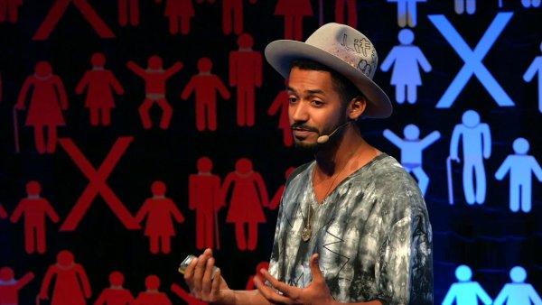 Yemi AD na TEDx Praha