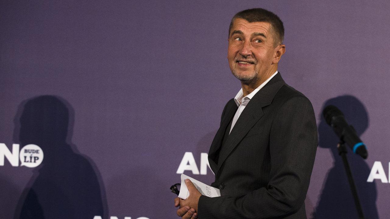 Andrej Babiš ve volebním štábu hnutí ANO.