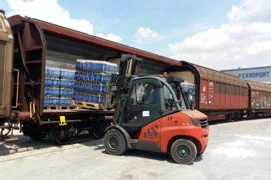 PepsiCo zahájila železniční přepravu nápojů z Prahy do Maďarska.