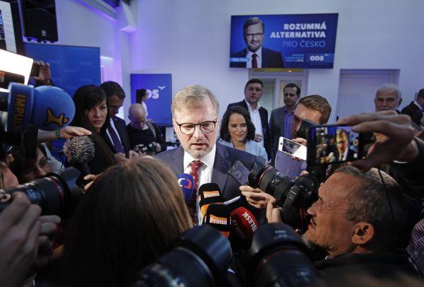 Petr Fiala ve volebním štábu ODS.