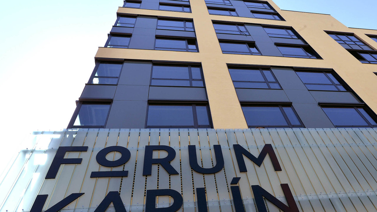 PPF kupuje Forum Karlín