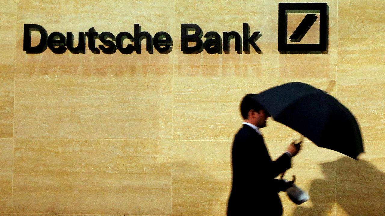 Deustche Bank měla svým klientům pomáhat zakládat v daňových rájích účty a čerpat z nich následně peníze, které takoví zákazníci vydělali nejspíš ilegálně.