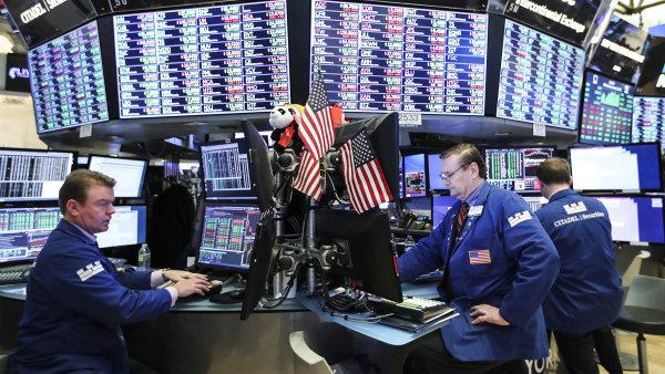 Index Dow Jones poprvé od listopadu překonal 26 000 bodů, patrně díky pokroku v obchodních rozhovorech mezi Čínou a USA