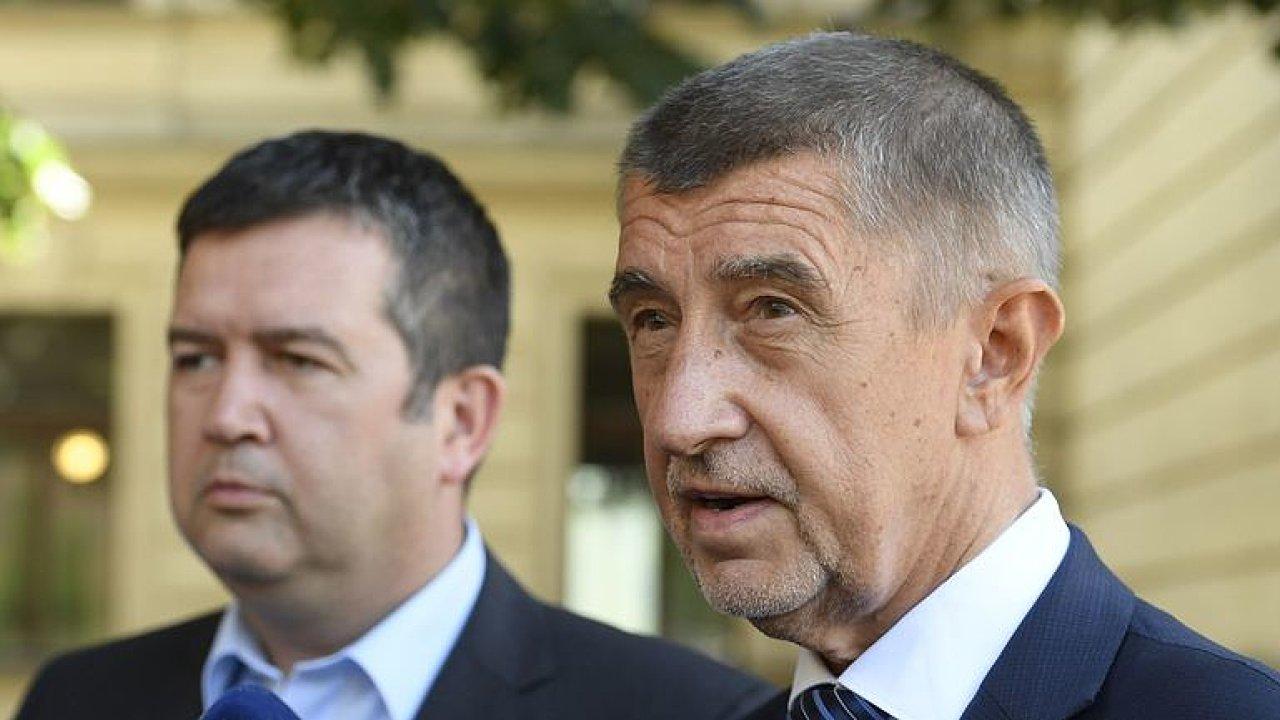 Babiš se teď bude snažit, za odchod ČSSD z vlády by zaplatil příliš, říká Eichler.