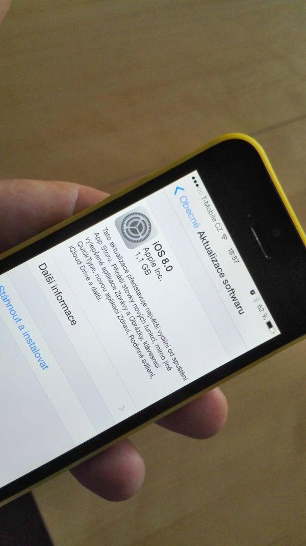 Aktualizace iOS 8 na iPhonu 5S