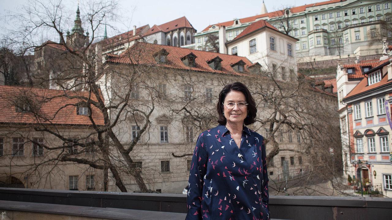 Dohoda okandidátech. Poslankyně Miroslava Němcová zODS má velkou šanci získat pro kandidaturu doSenátu podporu TOP09 astarostů. Vminulosti byla ipředsedkyní sněmovny.