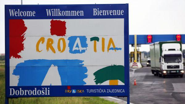 Na hraničních přechodech Chorvatska s Maďarskem a ve větší míře se Slovinskem se zřejmě budou tvořit kolony - Ilustrační foto.