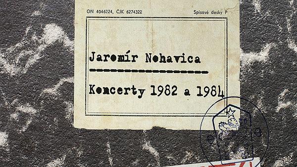 Nejv�t�� spor nov� �ady EMI se to�� kolem dvojdisku koncert� Jarom�ra Nohavici.