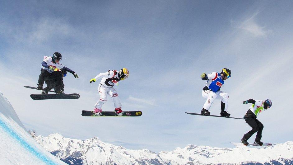 Snowboarding (ilustrační foto)