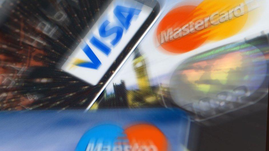 Česká spořitelna zvažuje předat část svého kartového byznysu Global Payments. Ilustrační foto.