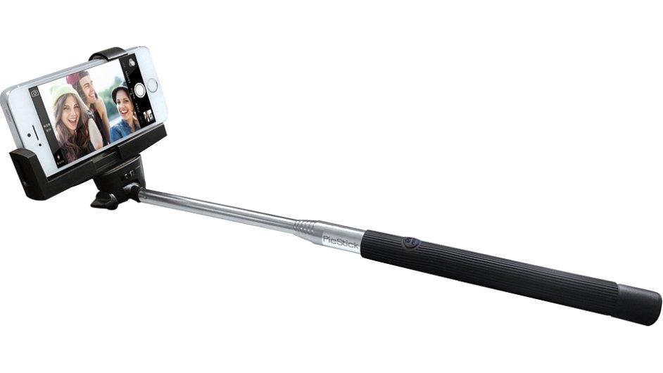Selfie sticks se prodávají po celém světě.