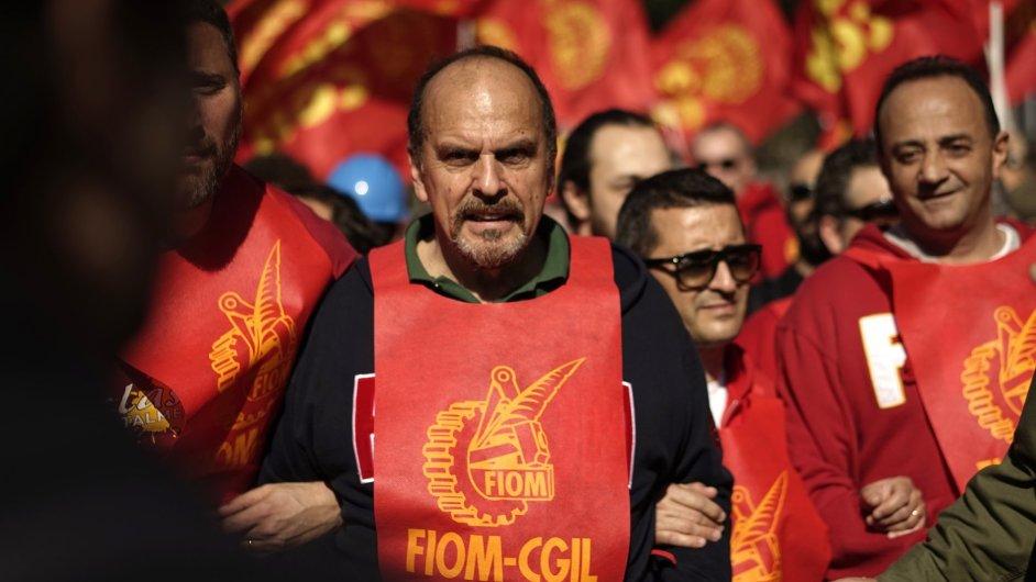 Demonstrace proti reformám trhu práce v Římě