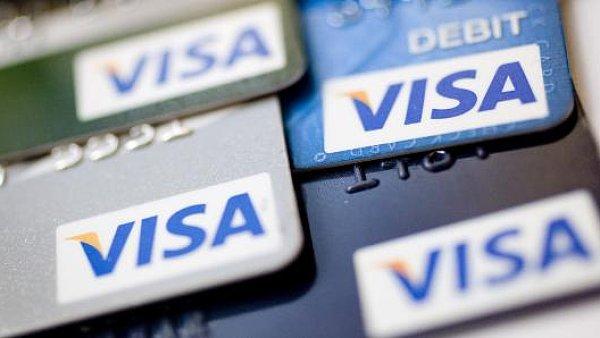 Po�et karet Visa vydan�ch v Evrop� ��t� 522 milion� - Ilustra�n� foto.