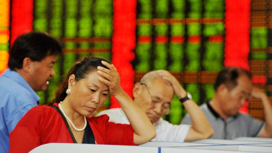 Čínská burza je stále pod tlakem.