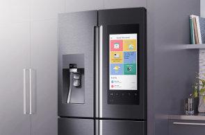 Samsung na CES 2016 spojil tablet a ledničku s televizí do Family Hubu