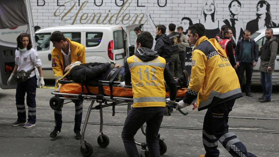 Sebevražedný útok v Istanbulu.