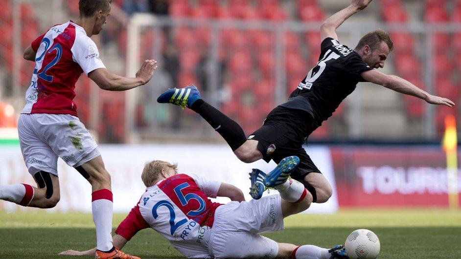 Utkání 30. kola první fotbalové ligy SK Slavia Praha – FC Viktoria Plzeň