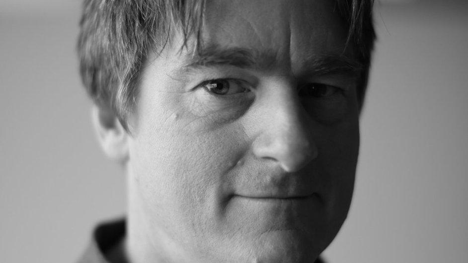 Paul M English, miliardář, škola MIT,  Zakladatel služby Kayak