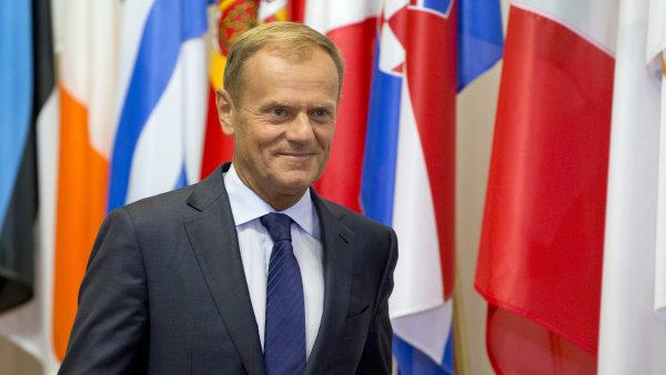 O nedělním summitu EU a Kanady informoval předseda Evropské rady Donald Tusk.