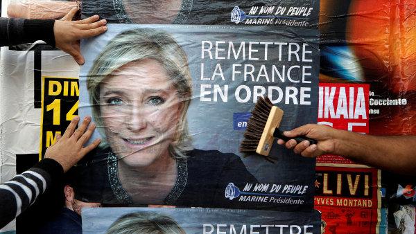 Justice žádá zrušení imunity Le Penové kvůli asistentům.