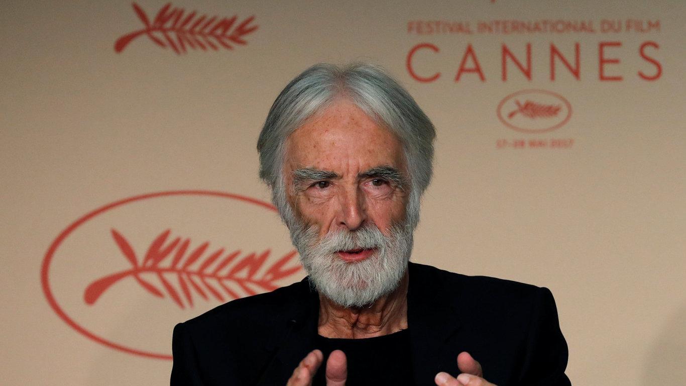 Režisér Michael Haneke již hlavní cenu v Cannes získal za film Bílá stuha z roku 2009 a o tři roky mladší Lásku.