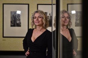 Alšova jihočeská galerie vystavuje fotografie Terezy z Davle. Snažím se fotit místní holky, říká
