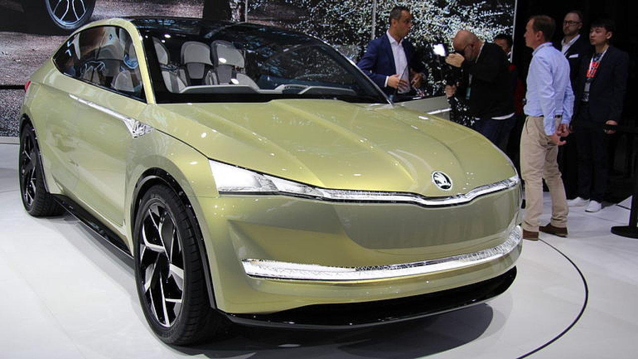 Škoda ve Frankfurtu ukázala elektromobil Vision E. Do prodeje půjde v roce 2020