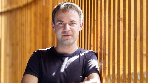 Oliver Dlouhý plánuje spolu se svými společníky prodat svůj podíl v Kiwi.