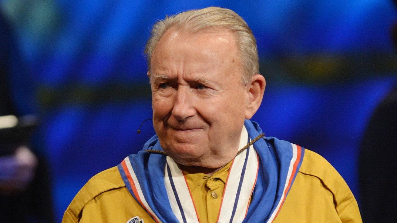 Člen protikomunistického odboje František Zahrádka, který za totality převedl 11 lidí přes hranice, zemřel 15. prosince ve věku 87 let.