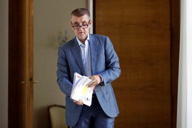 Dopis Taťjany Horákové předal Andrej Babiš redakci Lidových novin. Článek ale po dvou hodinách z webu zmizel. Identitu údajné humanitární pracovnice se nedaří ověřit.