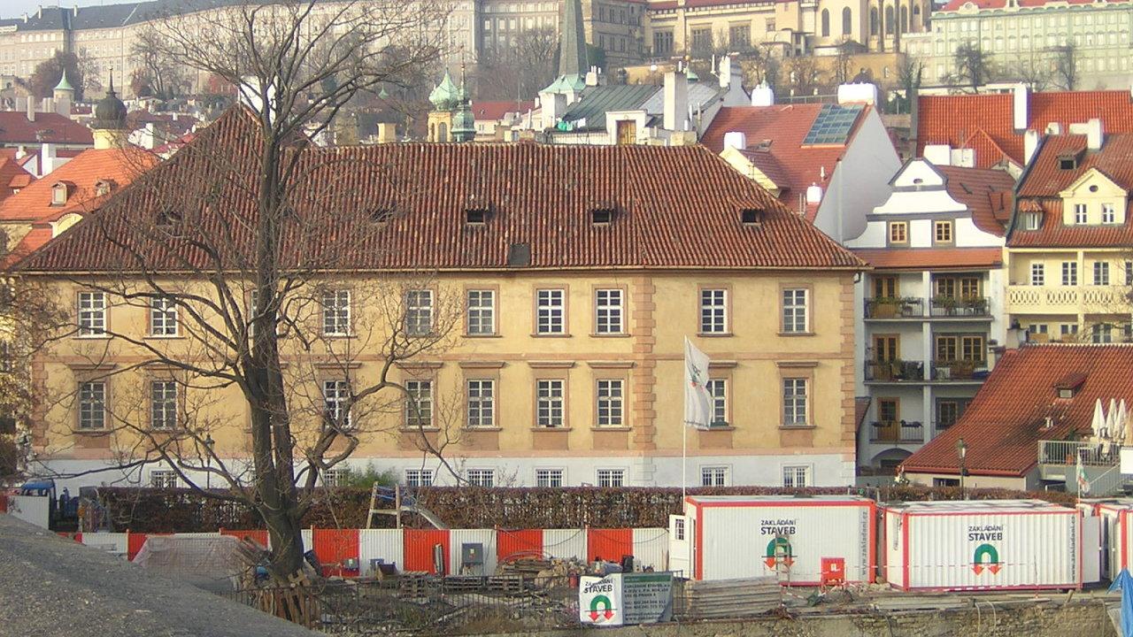 Pinkasův palác na pražské Kampě.